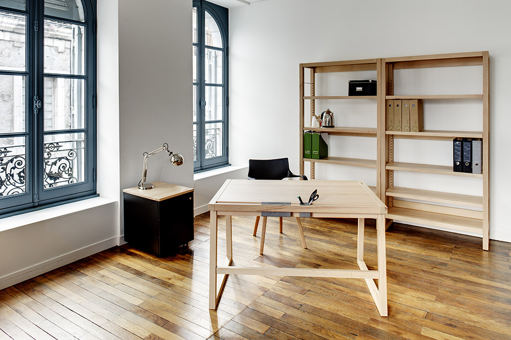 bureau bois massif 120 cm d s 396 la compagnie du h trela compagnie du h tre. Black Bedroom Furniture Sets. Home Design Ideas
